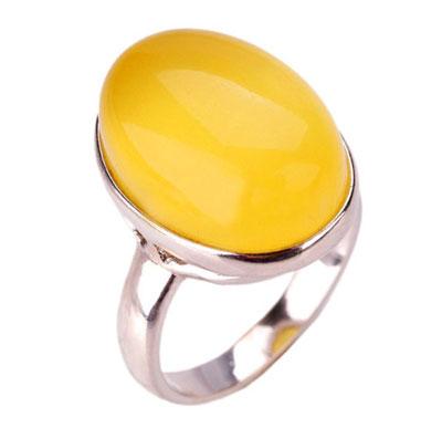 卓洋蜜蜡虎魄戒指