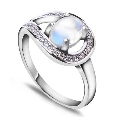 卓洋月光石戒指